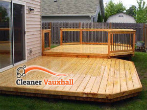 wooden-deck-cleaning-vauxhall